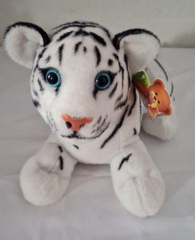 Tigre  branco NOVO de película  - Foto 2