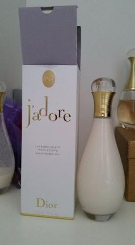 Hidratante corporal j'adore body milk 150ml