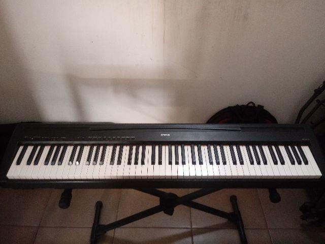 Piano Yamaha P85