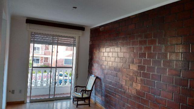 Apartamento Largo Vernetti, 02 dorm. + dependência e vaga - Pelotas/RS(53)999105643