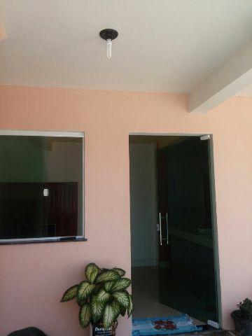 Linda casa próximo a Guarajuba