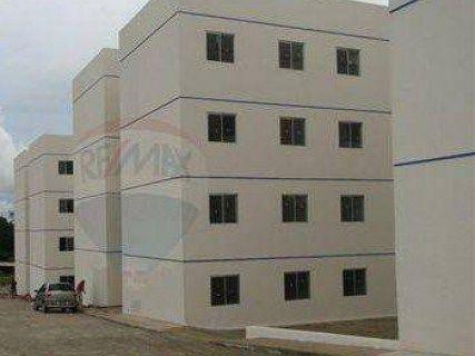 Aluga-se apartamento novo condomínio lagoa azul.
