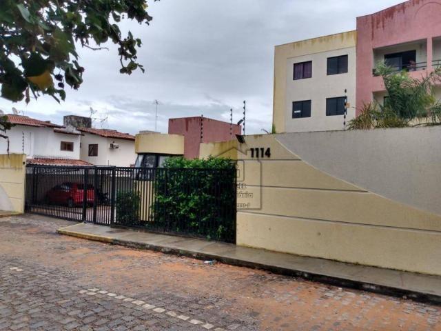 Apartamento com 3 dormitórios à venda, 72 m² por R$ 180.000 - Nova Parnamirim - Parnamirim