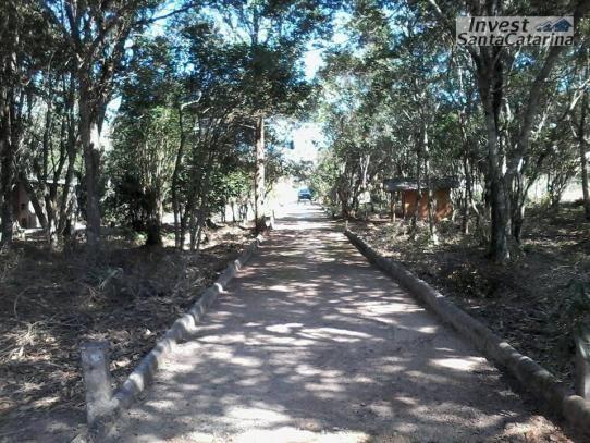 Linda pousada em Garopaba,  6 casas de 1 e 2 dormitórios, área de 12.000 m², arborizada. - Foto 4