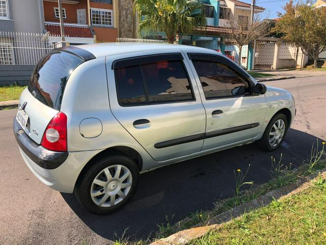 Clio Hatch 1.6 16 V