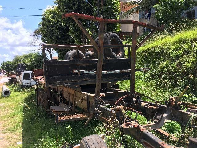 Carroceria e chassis de caminhão - Foto 2