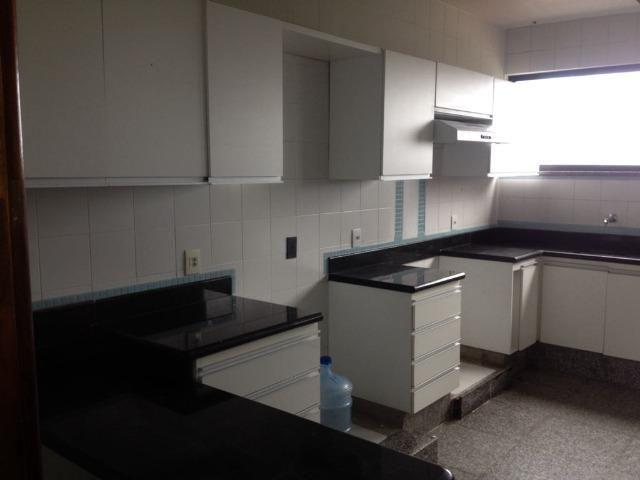 Excelente apartamento amplo com 4 quartos. Financia - Foto 17