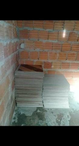 Vendo está casa em construção - Foto 2