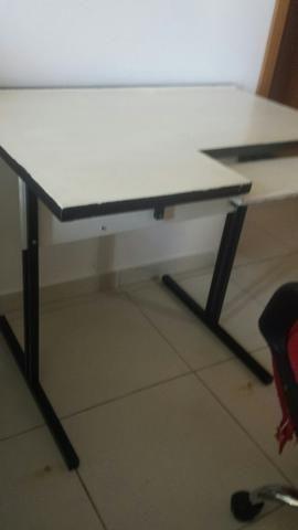 Mesa e cadeira de escritório - Foto 3