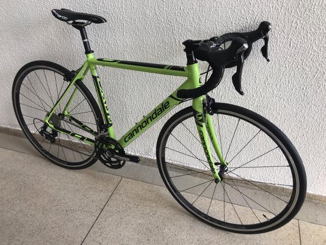 8282ac0e247 Bicicleta cannondale caad 8 aloy tamanho 51 semi-nova - Trailers e ...
