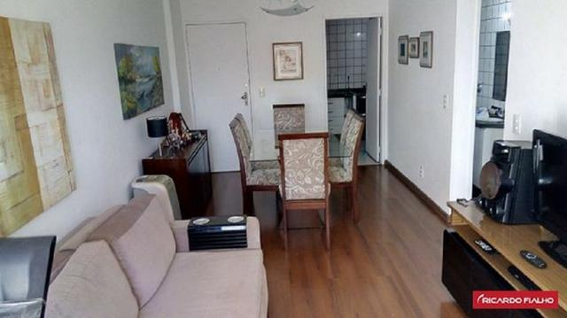 Apartamento 2 quartos, sol da manhã, no coração de Itapoã