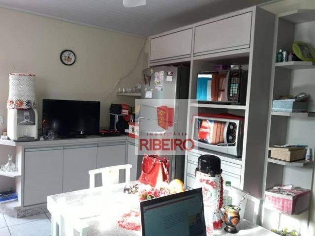 Casa com excelente localização no Centro de Balneário Arroio do Silva!! - Foto 4