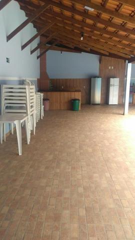 Vendo Salão de festas com 2 piscinas e churrasqueira! - Foto 13