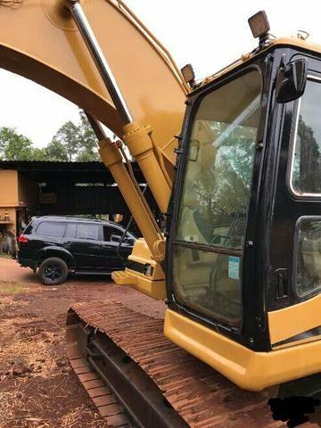 Escavadeira caterpillar modelo 320bl