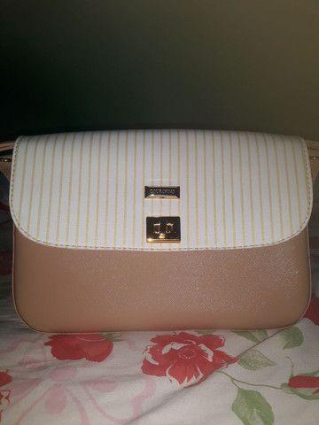 Bolsa couro fino ,valor 200 reais