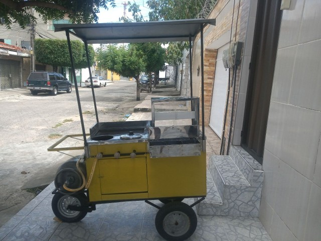 Vendo ou troco carrinho de Hot-dog - Foto 2