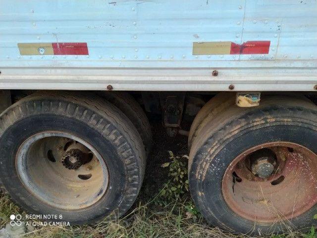 Caminhão Mercedes Bens 1113 Trucado, direção hidráulica, motor já vendido - Foto 6