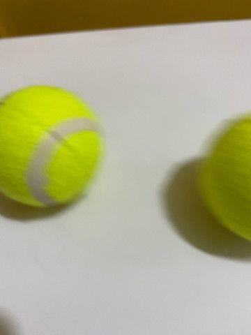 Bola de tênis oportunidade R$ 150,00 15 und - Foto 3