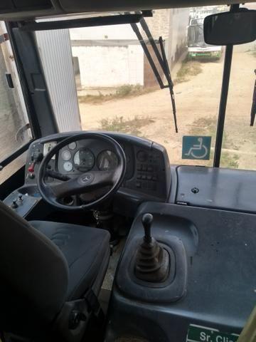 Ônibus ano 2010 bem conservado