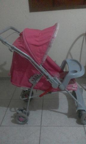 Troco carrinho de menina por uma cadeirinha de carro pra menina de 3 anos