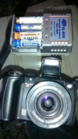 Câmera fotográfica e filmadora Sony