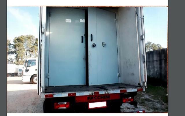 Baú pra carga seca, específico para transporte de eletrônicos - Foto 3
