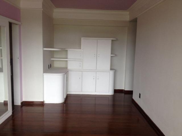 Excelente apartamento amplo com 4 quartos. Financia - Foto 15
