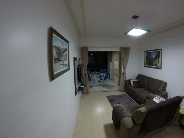Lindo apartamento colado no mar de Meia Praia, 3 quartos - Foto 12