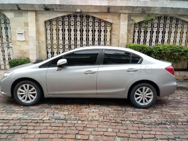 Civic LXR 2.0 Flex 2014 66mil km