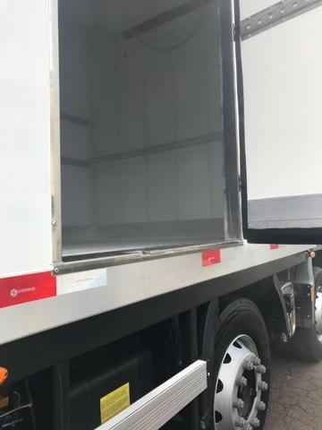 Câmara frigorifica para truck e bi truck 9 metros com equipamento disel - Foto 3