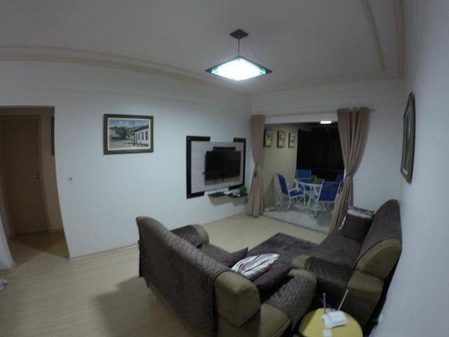 Lindo apartamento colado no mar de Meia Praia, 3 quartos - Foto 14