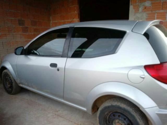 Vendo um Ford Ka ano 2009 2010 bem conservado ar condicionado direção hidráulica - Foto 2
