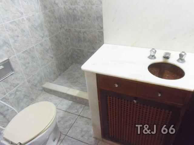 Casa duplex em condomínio com 3 quartos, em frente a Lagoa - Foto 7
