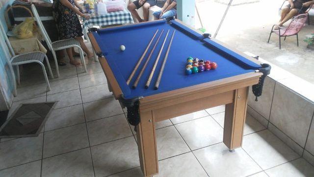 Mesa de Sinuca Verniz Cerejeira 1,93 x 1,18 Campo de jogo em Mdf Tecido Azul - Foto 4