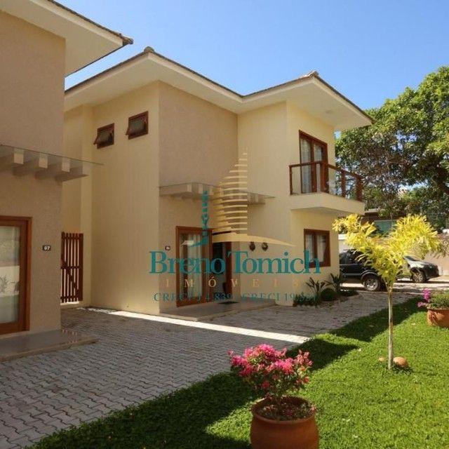 Casa com 3 dormitórios, sendo 2 suítes à venda, 94,43 m² por R$ 850.000 - Arraial D Ajuda