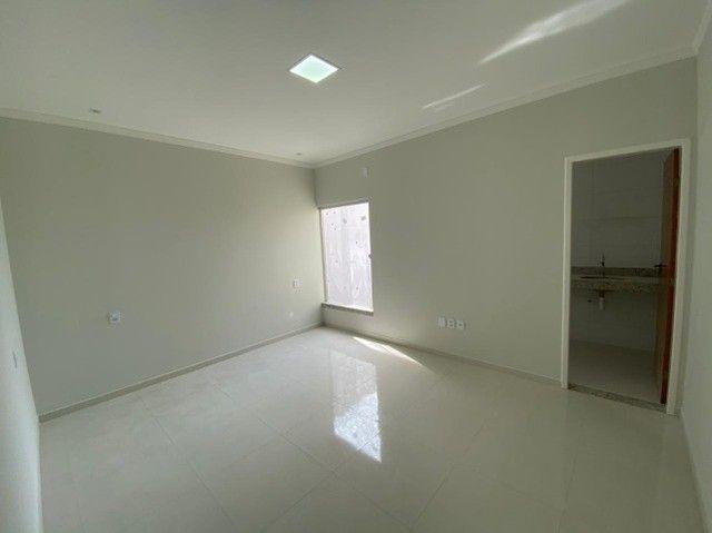 Casa com três quartos e laje  - Foto 12