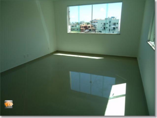 Apartamento 3/4 1 suíte 1 vaga novo bem localizado em Itapuã