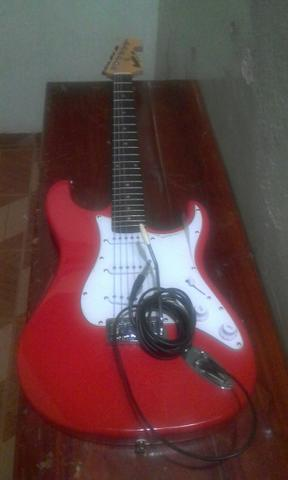 Vende-se guitarra
