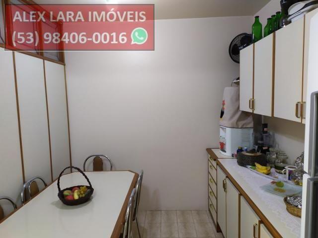 Apartamento para Venda em Pelotas, Centro, 3 dormitórios, 2 banheiros - Foto 3