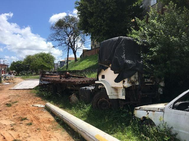 Carroceria e chassis de caminhão - Foto 3