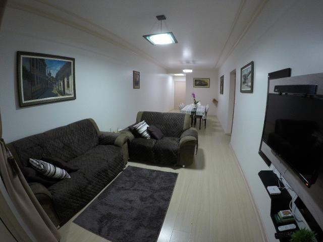 Lindo apartamento colado no mar de Meia Praia, 3 quartos - Foto 13