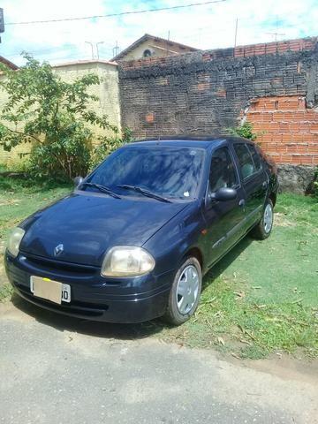 Carro clio 2003 7mil