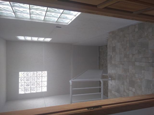 Aluga se apartamento kitnet na região do pinheirinho próximo ao terminal - Foto 10