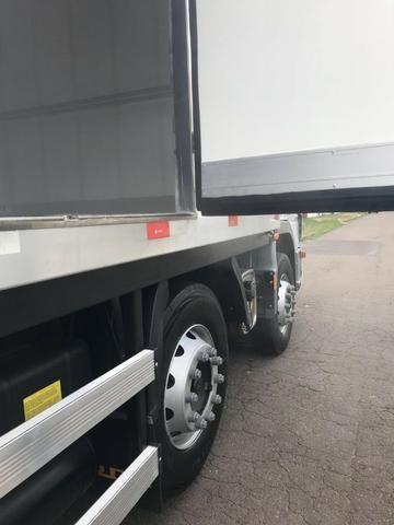 Câmara frigorifica para truck e bi truck 9 metros com equipamento disel - Foto 6