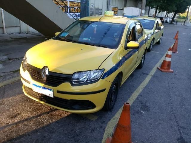 Renault - Logan - Foto 3