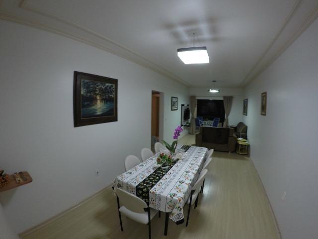 Lindo apartamento colado no mar de Meia Praia, 3 quartos - Foto 15