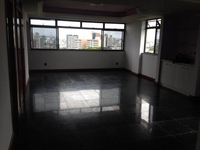 Excelente apartamento amplo com 4 quartos. Financia - Foto 7