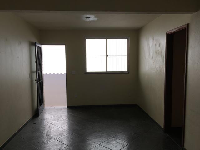Alugo casa, Eng de Dentro/Méier, 02 quartos, com opção de Vaga/Carro