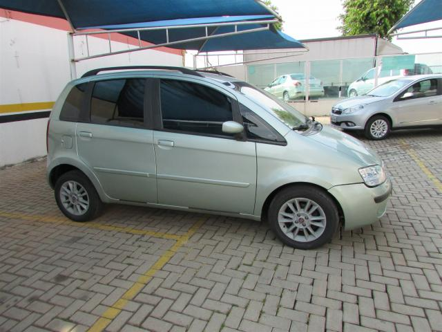 FIAT IDEA 2010/2010 1.8 MPI ELX 8V FLEX 4P MANUAL - Foto 4