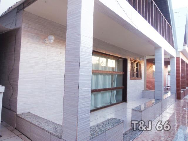 Casa duplex em condomínio com 3 quartos, em frente a Lagoa - Foto 2